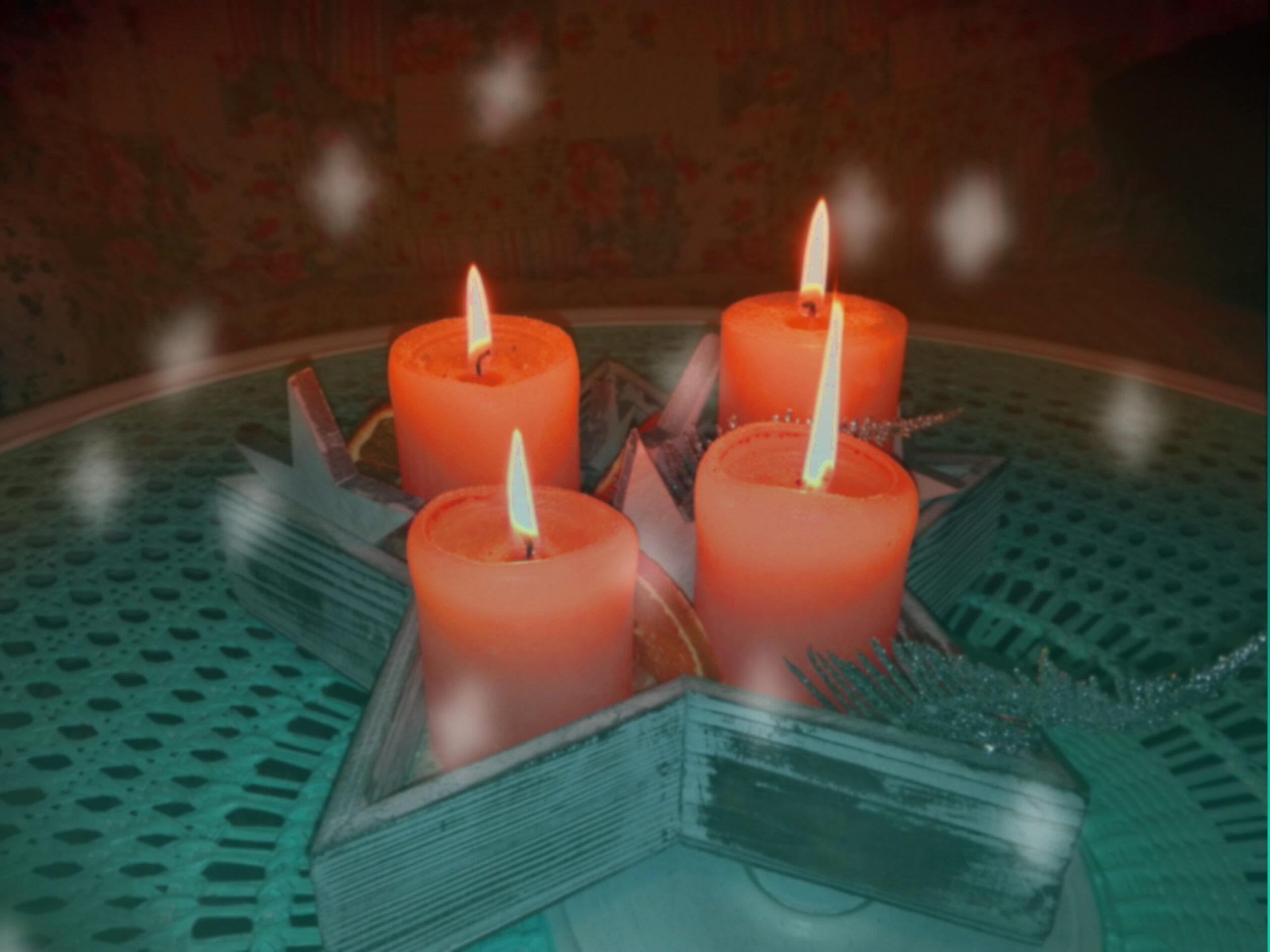Brenndende Kerzen auf dem Adventskranz